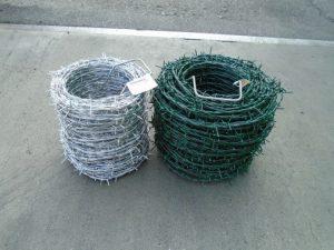 Horganyzott és PVC bevonatos szögesdrót
