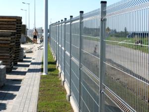 Horganyzott panel, táblás kerítés