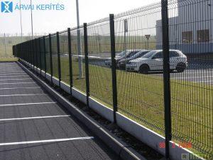 Táblás kerítésrendszer, kerítéselemekkel