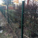 Táblás kerítés MERKUR PVC kerítésoszlopokkal www.arvai-kerites.hu