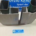Lábazati betonelem tartó konzol műanyag, 60x40-es és 48mm oszlopra